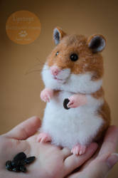 Hamster, needle-felted sculpture 2 by Lyntoys