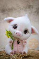 Piggy Needle Felted Sonia by Lyntoys
