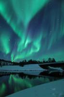 Northern Lights: Broken Heart by andykeen