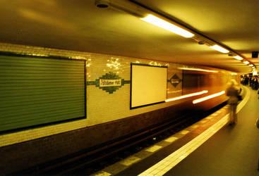 Tube Potsdamer Platz by FLAISCHA