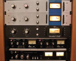 Universal Audio 1176 Compressers by danduskin