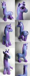 Giraffe custom little pony by Woosie