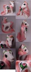 August birthflower pony by Woosie