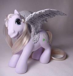 White Rose pegasus pony by Woosie
