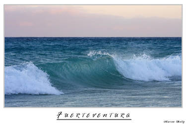 The Wave by Arwen91
