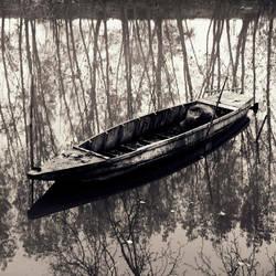 Reflection of sorrow by taykut