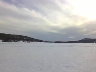 Frozen lake by Printti