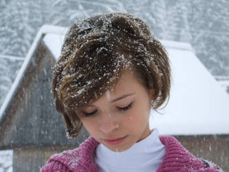 It's snowing by vrajitoarea--din--oz