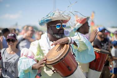 NOLA Jazzfest Drummer by robcwilliams