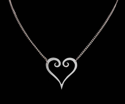 Kingdom Hearts Pendant by obsidiandevil