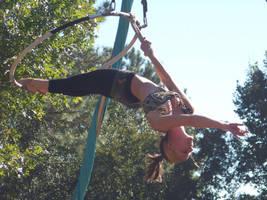 Acrobats by atistatplay