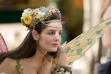 crown of flowers by atistatplay