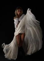Parisian dancer by fb101