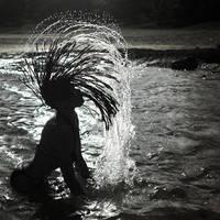 Midnight bath by fb101