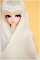 Her hair like a river of silk by hiritai