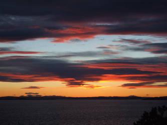 sunset sky by keefir