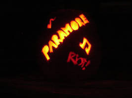 Paramore Pumpkin by xbarelyxbreathingx