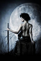 la luna by xomiphotography
