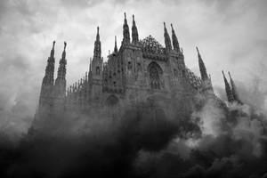 Duomo e nuvole by Perifeerikko