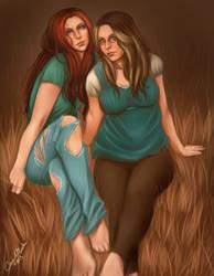 COM - Lhynda and Liz by DarlingMionette