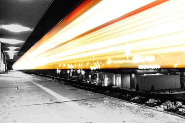 Light train by Edemking