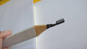 pencil carving - my daughter's comb by cerkahegyzo