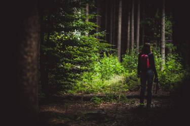 Deborah im Wald by chickow