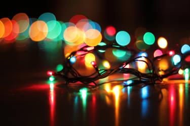 Happy lights by RamonaAnomar