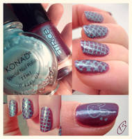 Electric fence nail art by Schunki