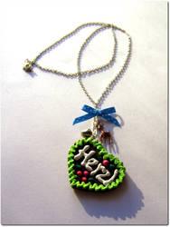 lebkuchenherzl necklace by mimmymania