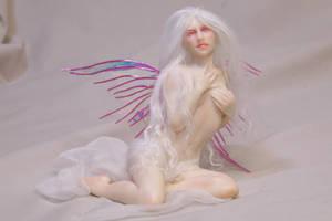 Rosalba: albino fairy by AmandaKathryn