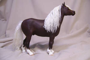 draft horse sculpt by AmandaKathryn