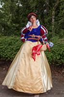 Snow White by MysteriousMaemi