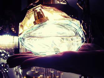 Light Fragrance by rafaboreanaz