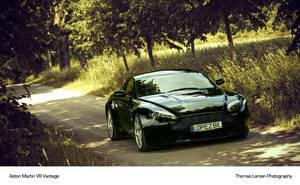 Aston Martin V8 Vantage .1 by larsen