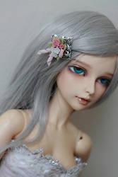 Lishe by NeeDoll