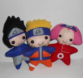 Naruto Plushies by kiddomerriweather