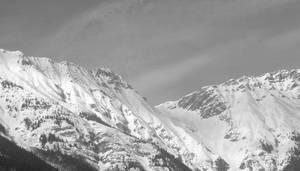 Mountainside #2 by maradong