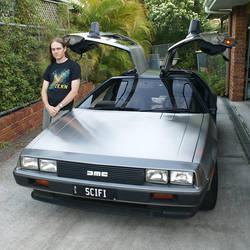 DeLorean Front by riumplus