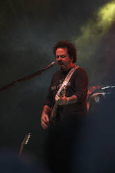 Toto 070804, Steve Lukather by spock84