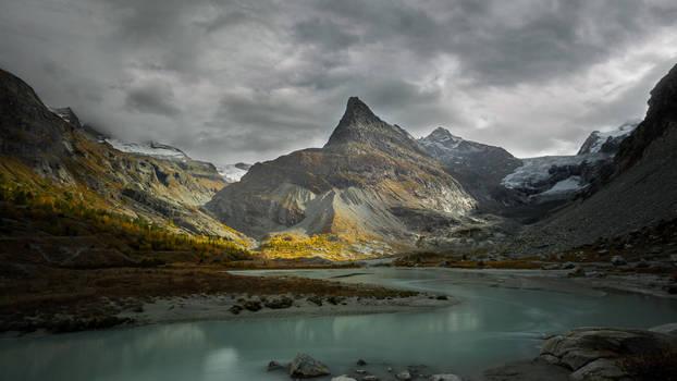 Mt. Mine by Bibwue