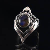 Verity - ring 2 by BartoszCiba