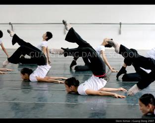 Guang Dong Dancers I by vampbabe