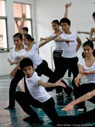 Guang Dong Dancers V by vampbabe