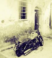 motorbike by zeroscore