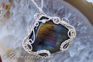 Spectrolite / Labradorite Wire Woven Pendant by youvegotmaille