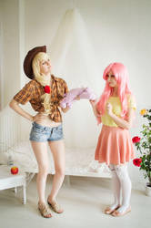 AppleJack and FlutterShy by Laura-Row