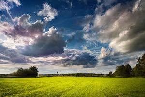 Runaway Clouds by vlastas