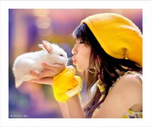 Bunny Lover by widjita