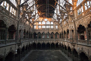 Great hall by walking-cripple